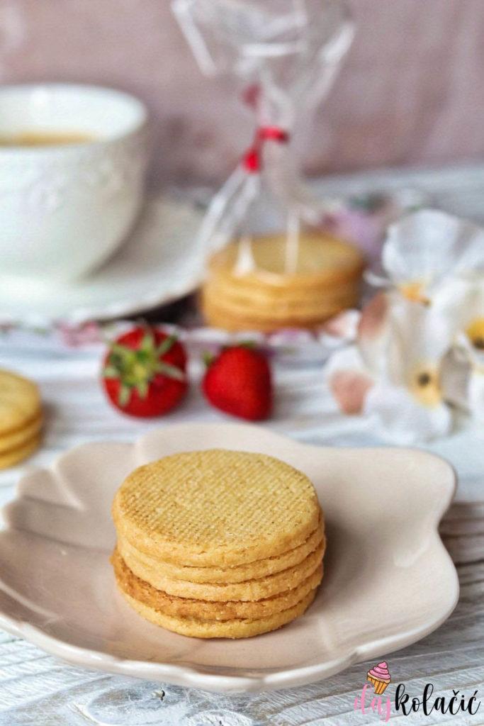 Prhki shortbread keksi uz kavu
