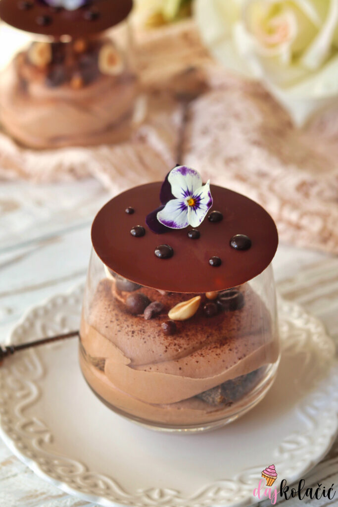 Čokoladni tiramisú